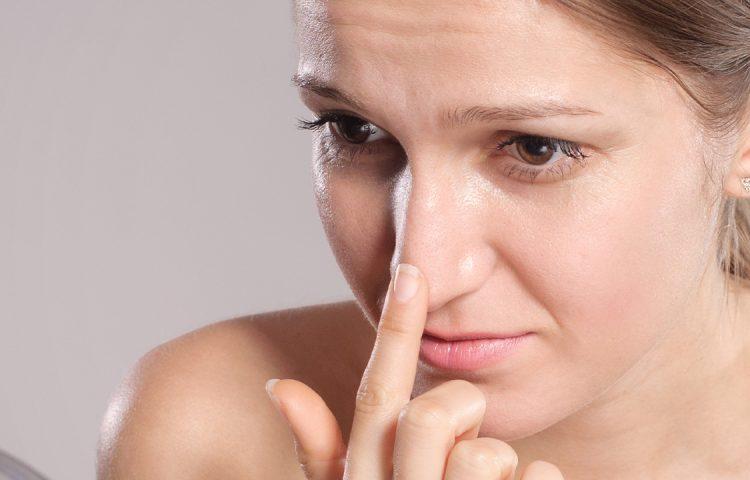 鼻尖形成のデメリットとは?形成外科医が解説いたします